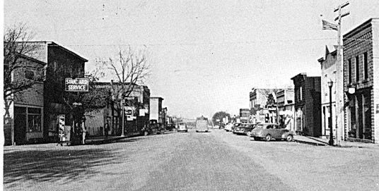 Delmont Main Street001.jpg