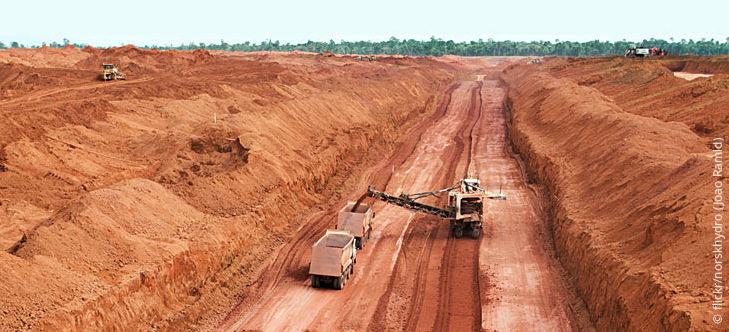 Bauxit Tagbau im Amazonas.