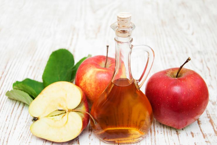 sok jabłkowy i ocet z jabłek