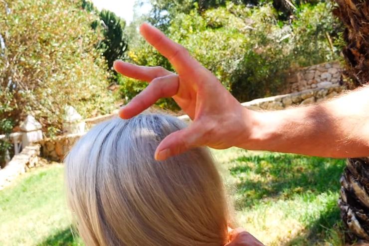 masaż na nadnercza