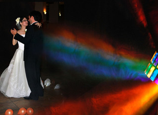 2 Ways to The Pick Perfect Songs for Your Wedding Day