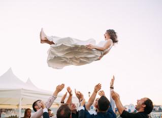 5 Ways to Get Your Wedding Guests Dancing
