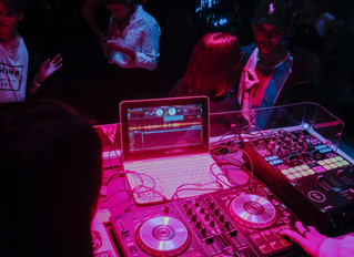 3 Things You Must Know Before Visiting Your Wedding DJ For Consultation