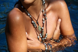 Bohemian black pearl jewelry