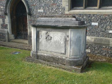 Fawcett Tomb, St Mary's Churchyard