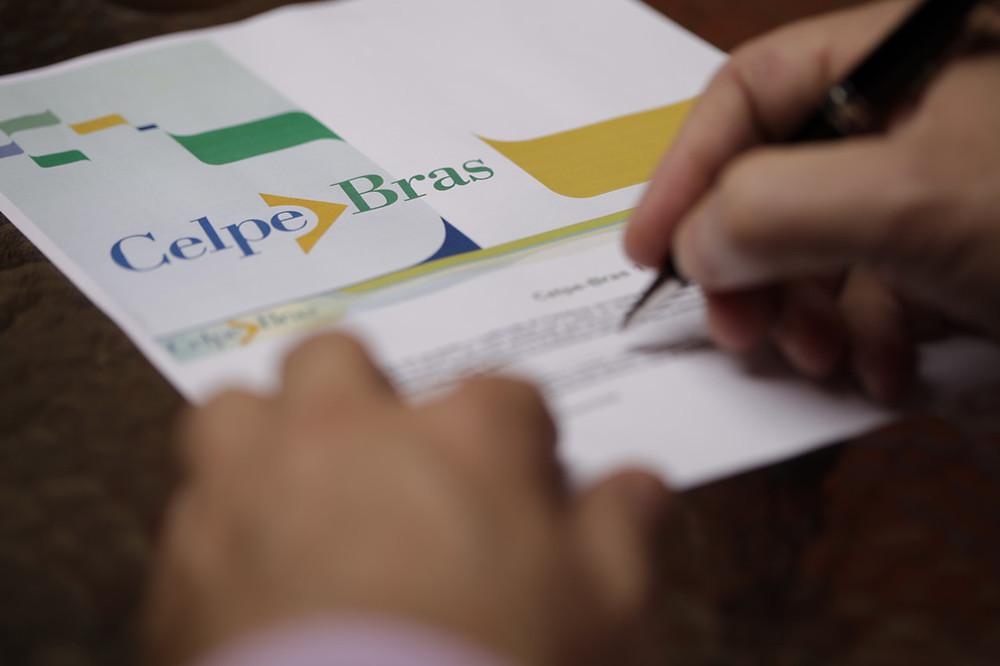 language-exam-celpe-bras-5e83ef2ad1710e079183ab64ca3bc104