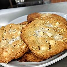 Sweet & Salty Cookies