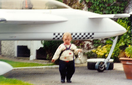 Josh in Granny's Garden with Aircraft000