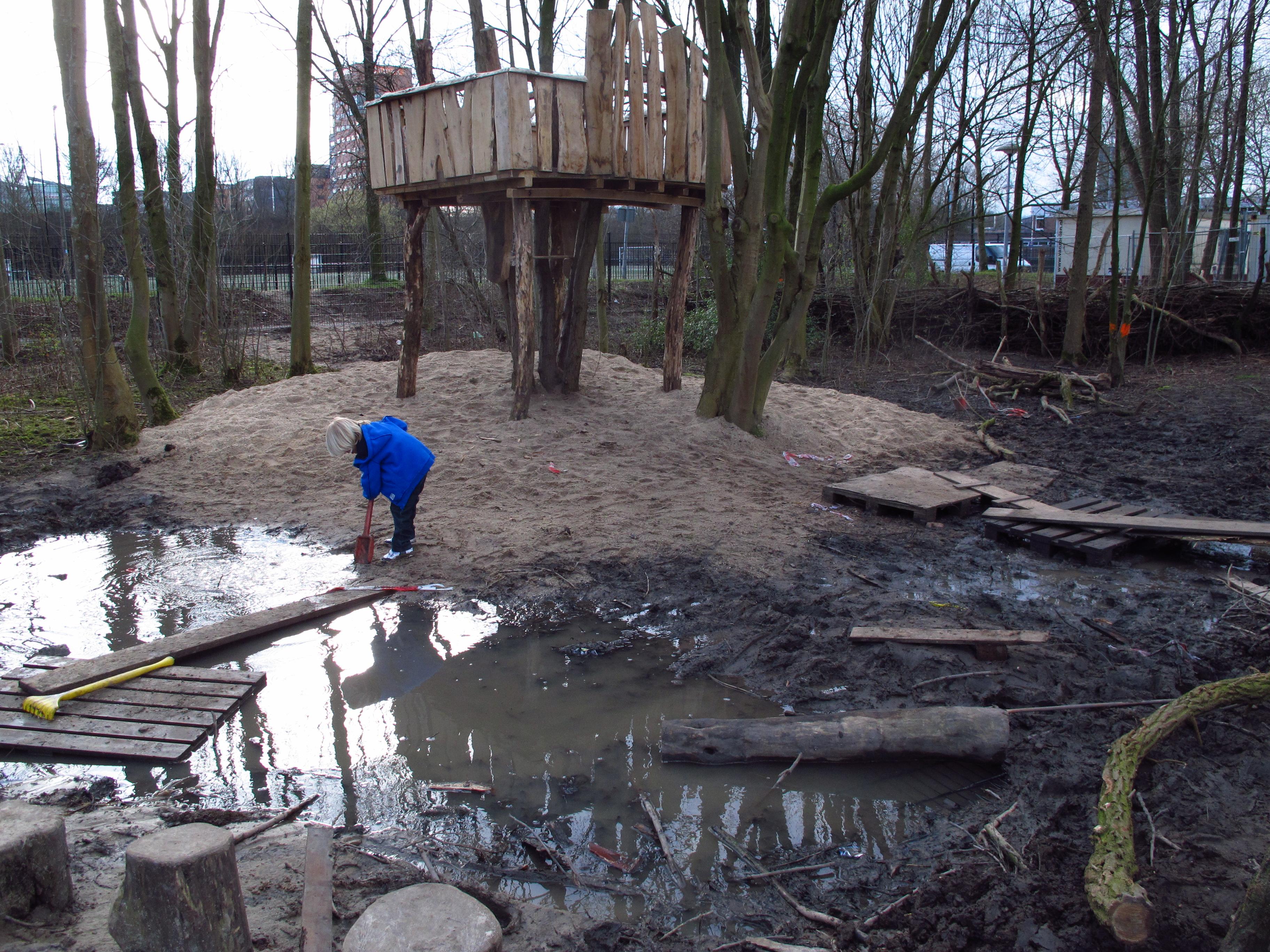 Spelen met modder