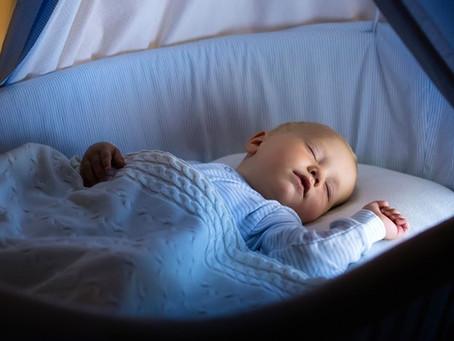 Qual é a importância de dormir no escuro?