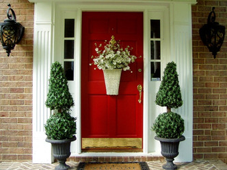 Front Door Décor
