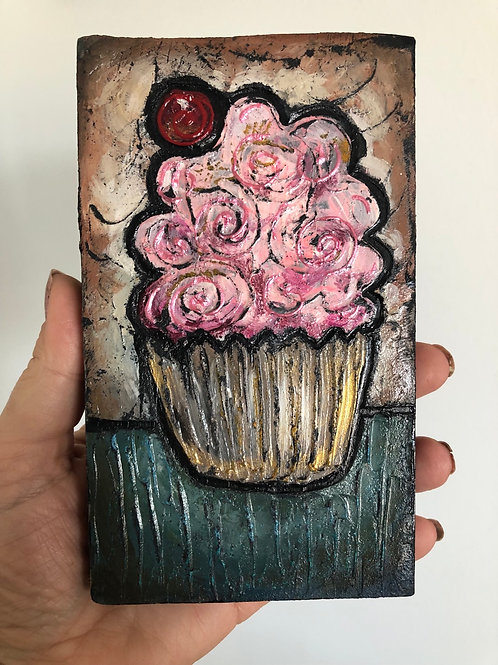 CUPCAKE * Mini Wood Block Textured Painting