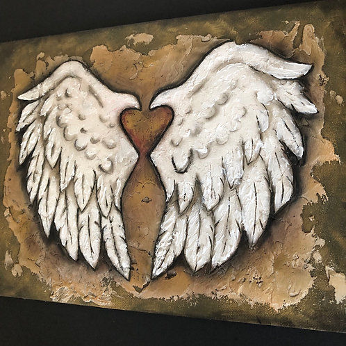 BAROQUE * Textured Wings With Heart