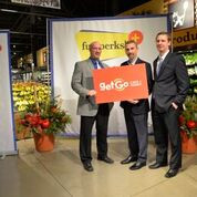 Market District and GetGo team up with Gleaners to deliver donations