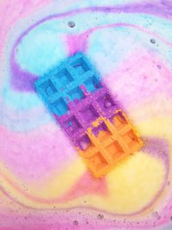Waffle bath bomb