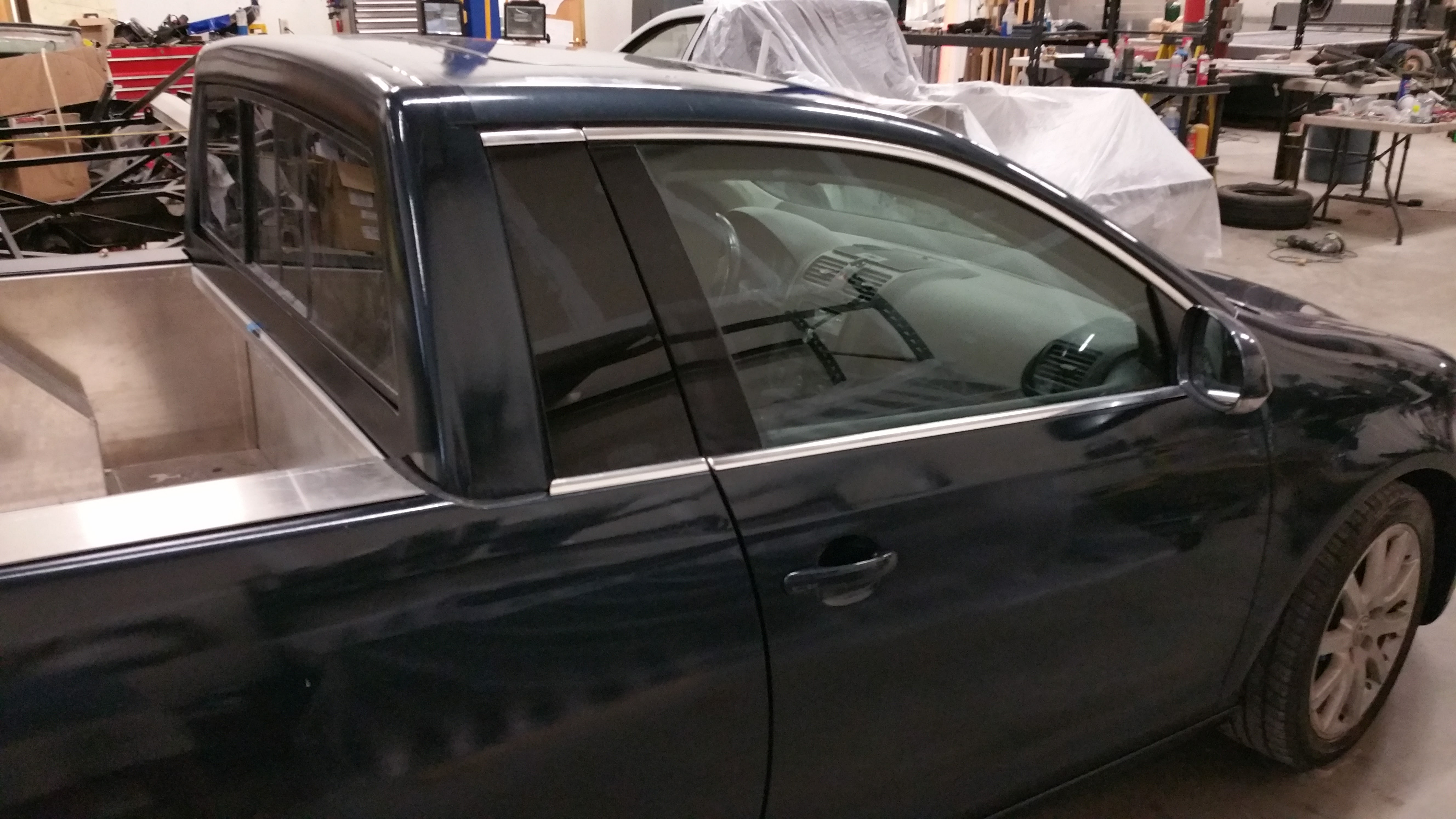 mk5 rear side window and trim