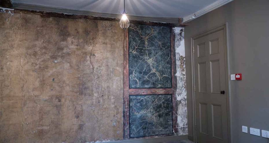 Original painted marbling on the first floor (Derek Jackson)