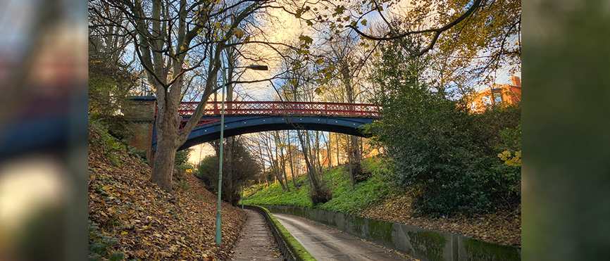 The Ravine - Jubilee Bridge from below