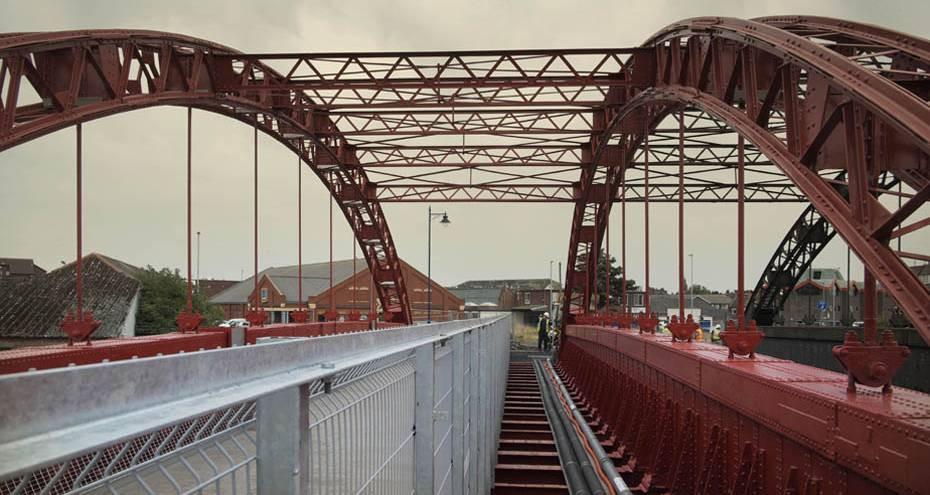 Vauxhall Bridge during repairs, Derek Jackson