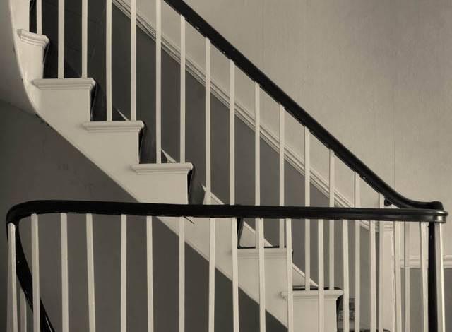 Stairs in 135 King Street, after conservation (Derek Jackson)