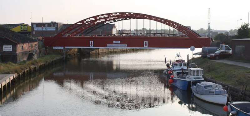 Vauxhall Bridge, repaired and repainted
