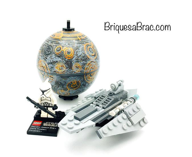 LEGO ® STAR WARS™ 75007 Republic Assault Ship & Planet Coruscant