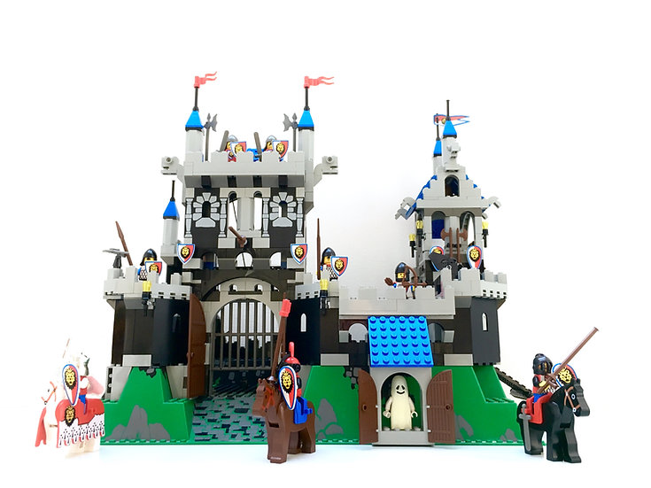 LEGO® 6090 Royal Knight Castle
