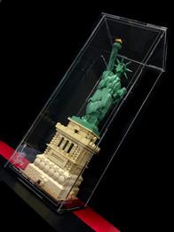 Vitrine Plexigas acrylique Briquesabox LEGO 21042 Satue of Liberty
