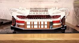 Vitrine Plexigass Briquesabox LEGO® Architecture OLD Trafford