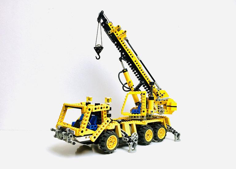 LEGO ® TECHNIC 8460 Pneumatic Crane Truck