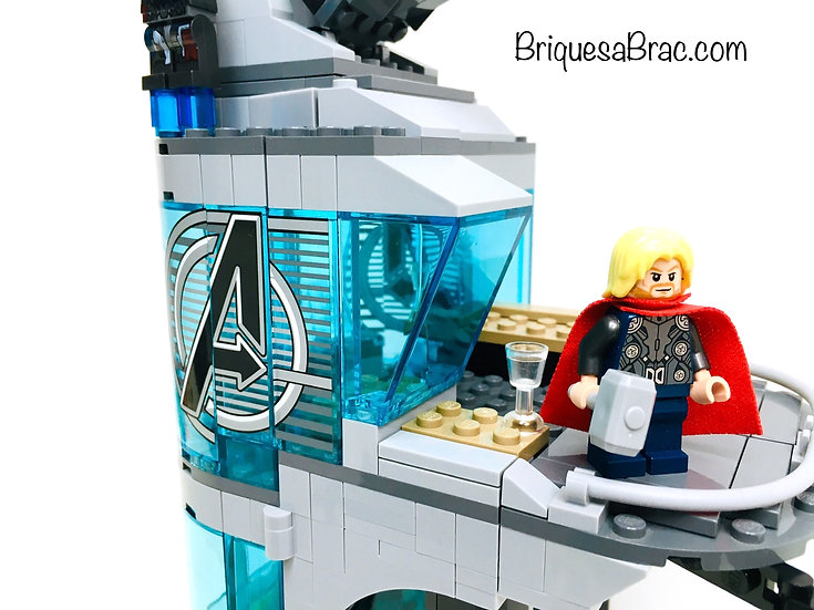 LEGO ® SUPER HEROES 76038 Attack on Avengers Tower
