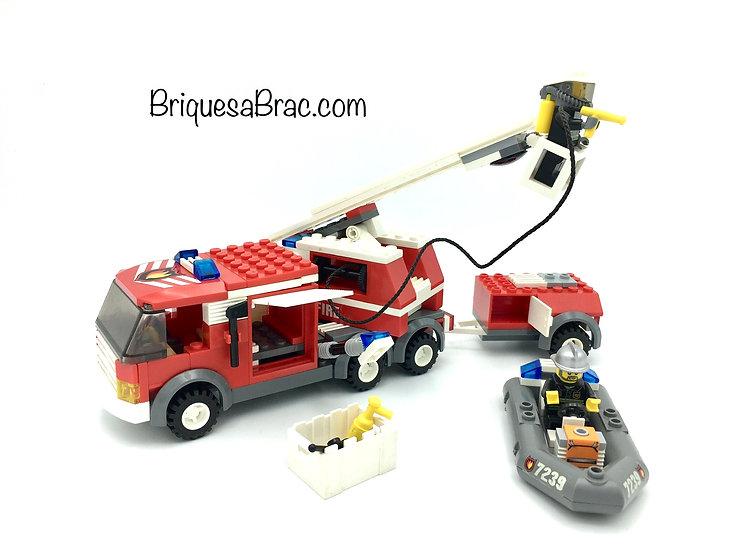 LEGO ® CITY 7239 Le camion de pompier et son Zodiac
