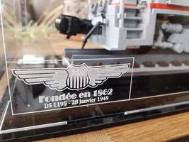 Vitrine Sur Mesure pour MOC locomotive avec gravure Union Pacific