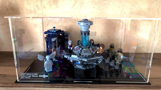 Vitrine BriquesaBoX LEGO® IDEAS Dr Who avec gravure du Set