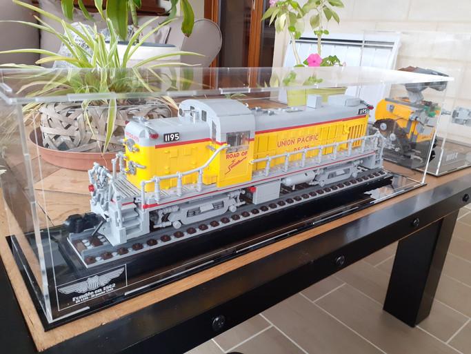 Vitrine Sur Mesure pour MOC locomotive