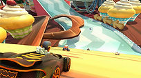 Mobile Game Racing Game Running Rich Racing Track Queen's Tea Party Big Bad Wolf Cinematic