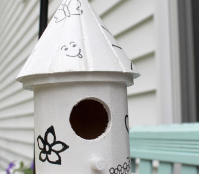 Decorate a Birdhouse with Doodles