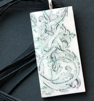 Pendant Using Ornate Frame from The Graphics Fairy