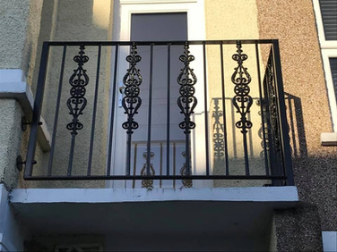 Balcony with Cast Iron Panels 2.jpg