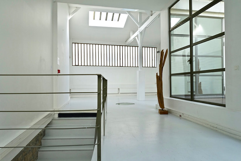 EALC 03043 - 300 m2