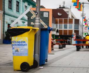 Közösségi hulladékgyűjtés a Veszprémi Utcazene Fesztiválon