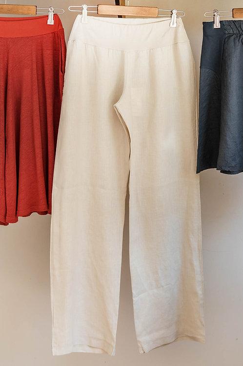 Pantalón recto de lino de Fete.