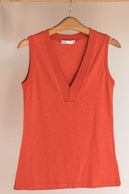 Camiseta con amplio escote en V con canalé de algodón de Fete