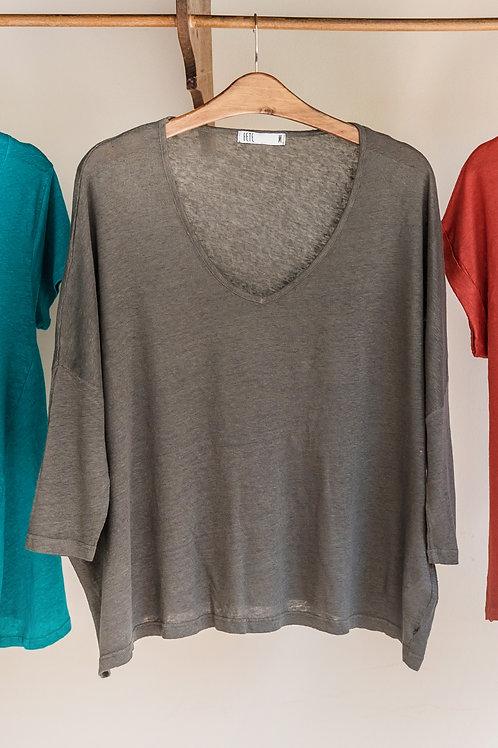 Camiseta ancha de punto con mangas 3/4 y amplio cuello de Fete