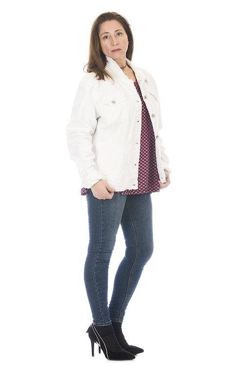 Jacket denim en blanco con cuello