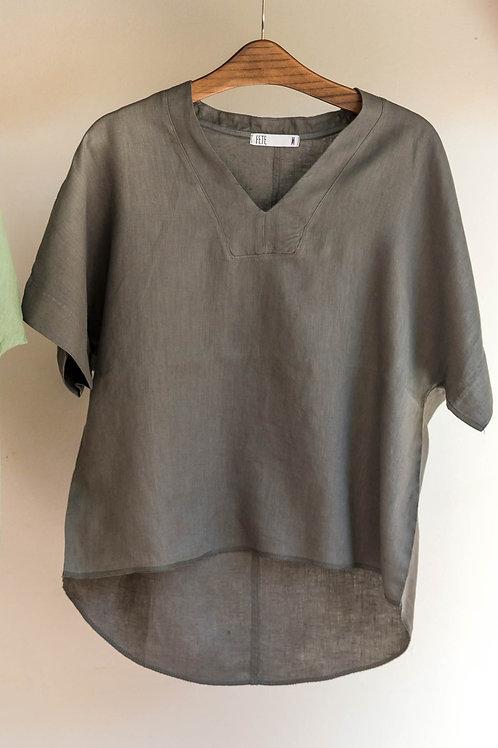 Camiseta amplia de manga corta con escote en V de Fete