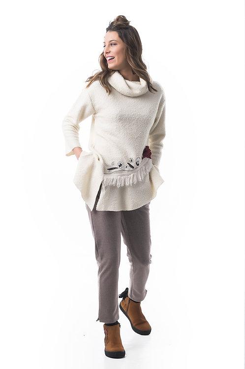 Sweater de manga 3/4 con bordado Mamatayoe
