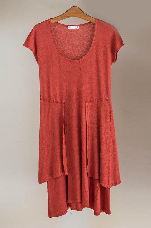 Vestido de lino de manga corta y cuello redondo de Fete