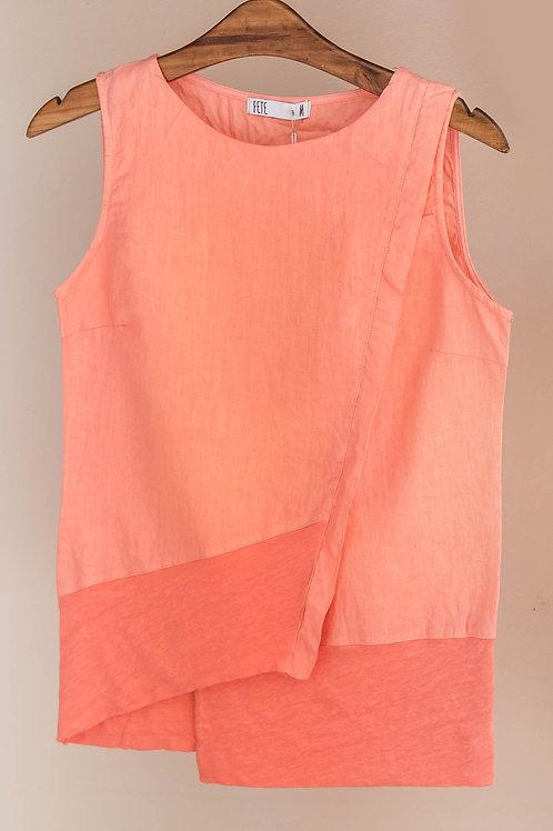 Camiseta de corte asimétrico sin mangas con cuello redondo de lino de Fete