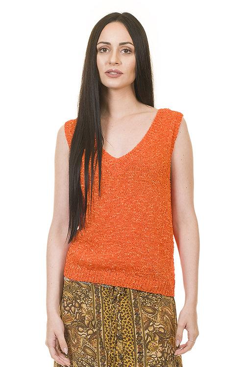 Jersey de punto naranja con escote de lanza